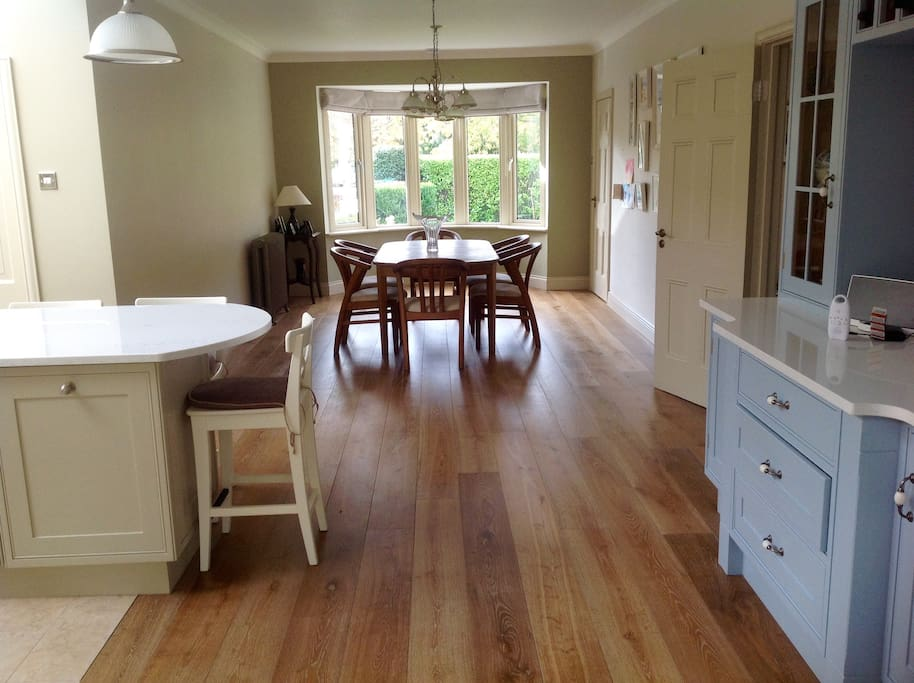 This photo shows the dining area with a six seater dining table