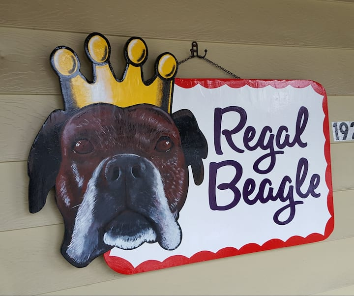 The Regal Beagle! Near downtown PRIVATE full unit