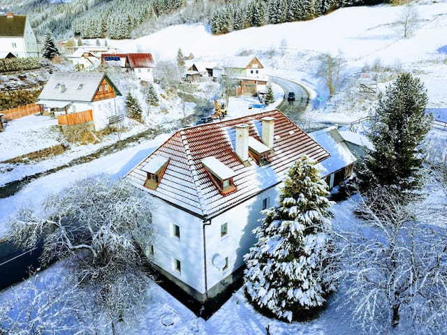 Private house in Murau with 2000 m2 private garden