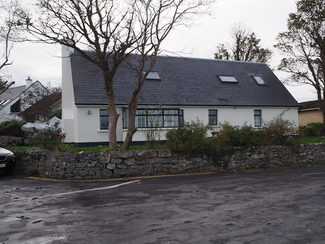Quay Cottage, Kinvara, Co. Galway - Kinvarra