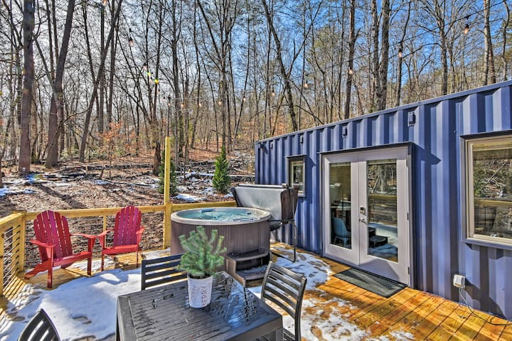 'The Container at Camp Toccoa' Tiny Home + Hot Tub
