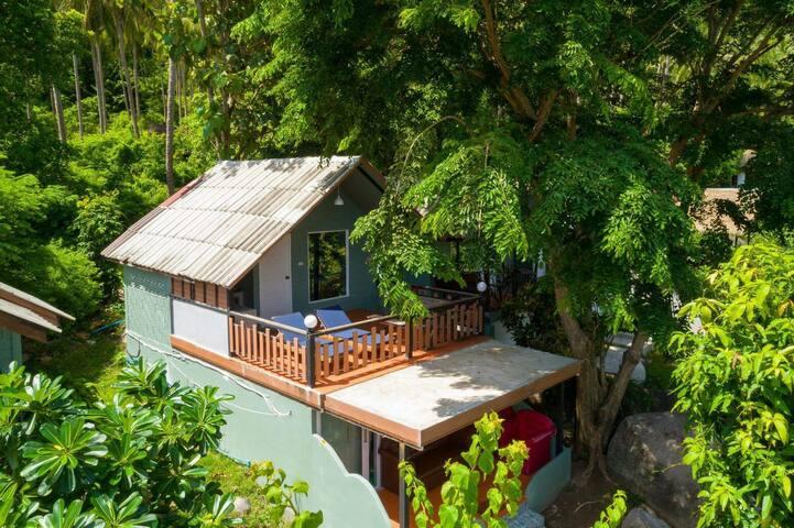 Majestic Sea view bungalow 3 (Sun Terrace)
