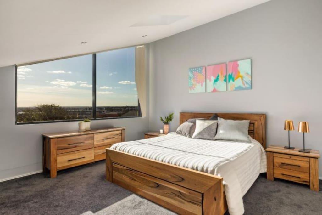 Private Studio - Bedroom