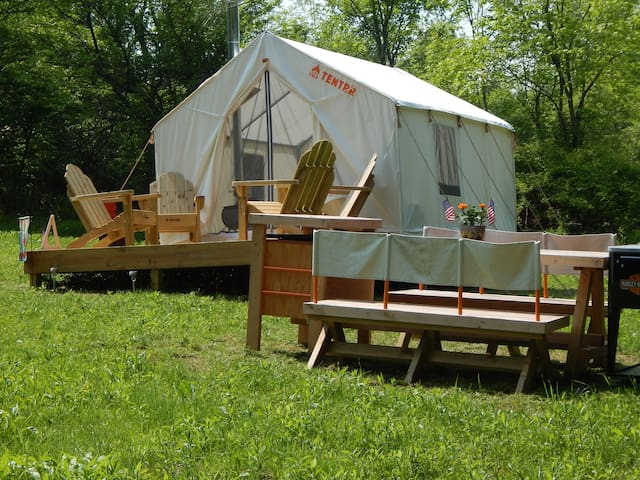 Tentrr Signature - Butternut Valley Bunkhouse