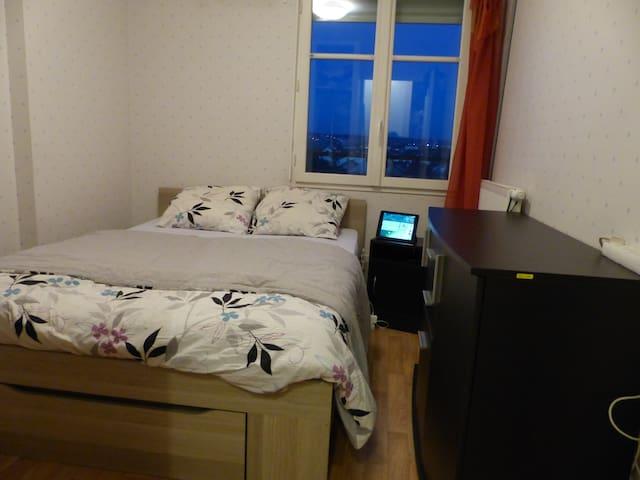 Chambre double tt confort Sartrouville - PARIS