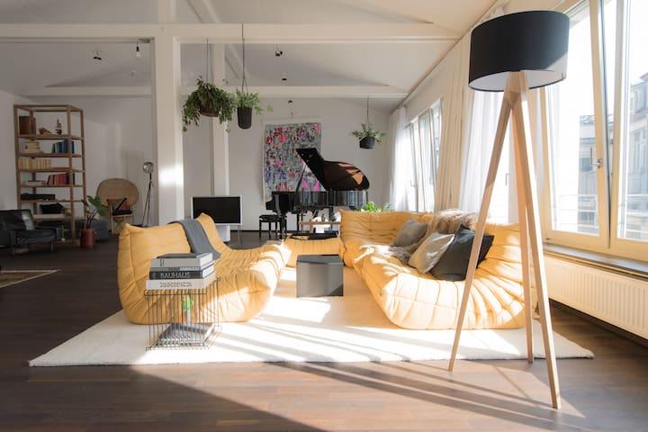 Weimar Central Artist Loft – 120 m²