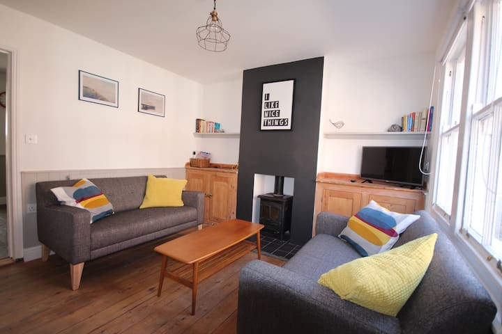 Stones Throw Cottage, Mundesley - Mundesley