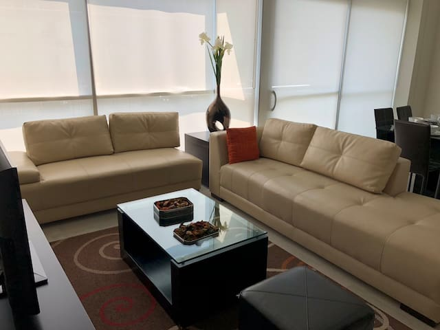 Extraordinary and Modern Apartment Mty Valle Ote