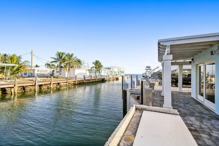 New listing! Newly remodeled for HGTV canal front home w/ private swimming pool!