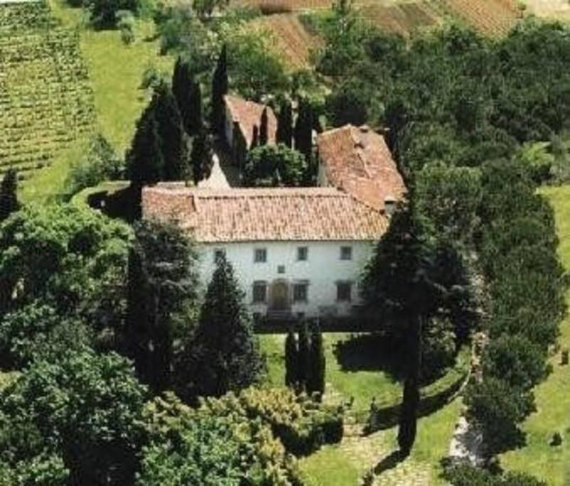 veduta della villa dall'alto