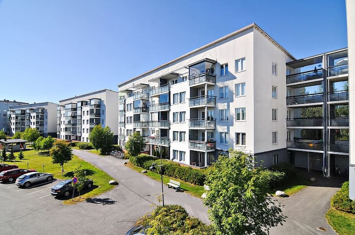 Simple 45m² apartment, 1km away from city centre - Jyväskylä - Huoneisto
