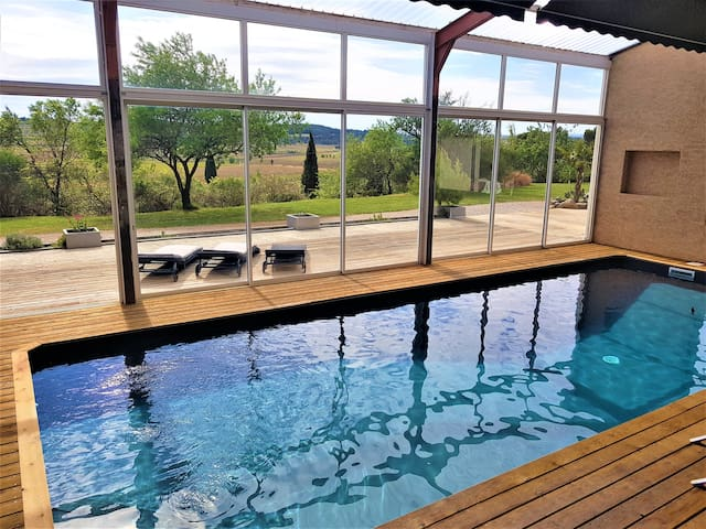 Artist's barn with  indoor pool and superb views !