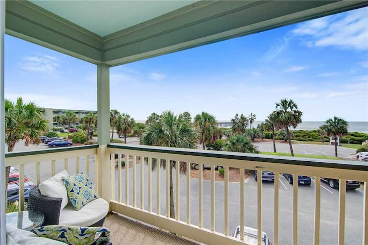 232 Sea Cabin - Ocean View Isle of Palms Condo. Great Views w/ Pool & Fishing Pier Access!