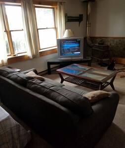 Cozy Wood Stove Ski Den Solar Home - Egremont