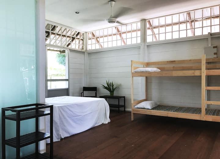 Siar Tranquil - Bedroom 1