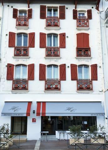 Chambre double cosy hotel colbert