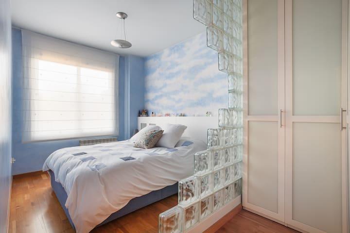 Nice flat close to Barcelona. - Sant Feliu de Llobregat - Apartment