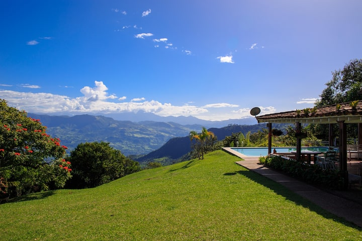 Private retreat above the Cauca River.