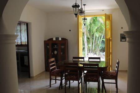 Charming colonial house steps ocean - San Miguel de Cozumel