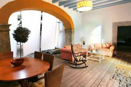 Casa tradicional con vistas al mar - Llucalcari - 独立屋