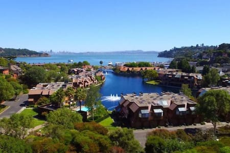 Ocean View-Walking Distance to Town - Belvedere Tiburon - House