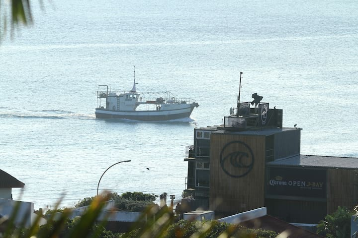 JBay well known for its WSL surfing event in July and its Calamari caught by the vessel in this picture.