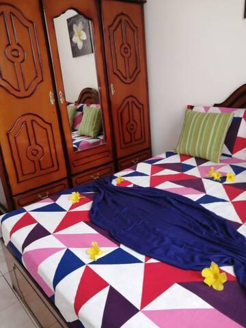 Bedroom 2/ 2eme Chambre à coucher