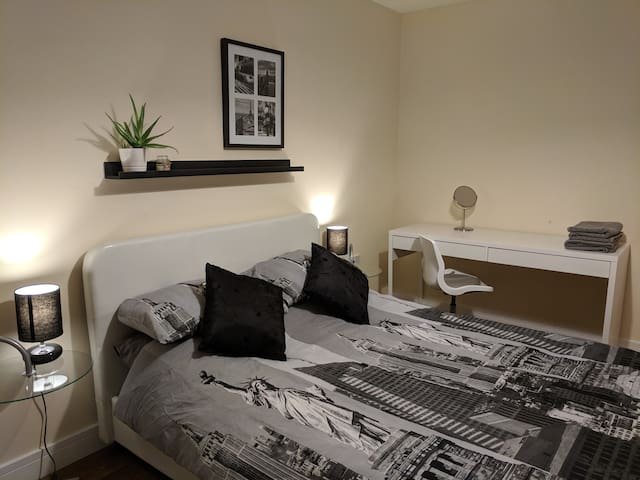 Modern Private Double Bedroom