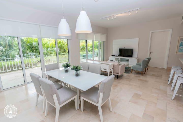 OFFICIAL Buenaventura Rentals: (002)Exclusive Apartment at Puntarena Ocean Village, Buenaventura, Pa