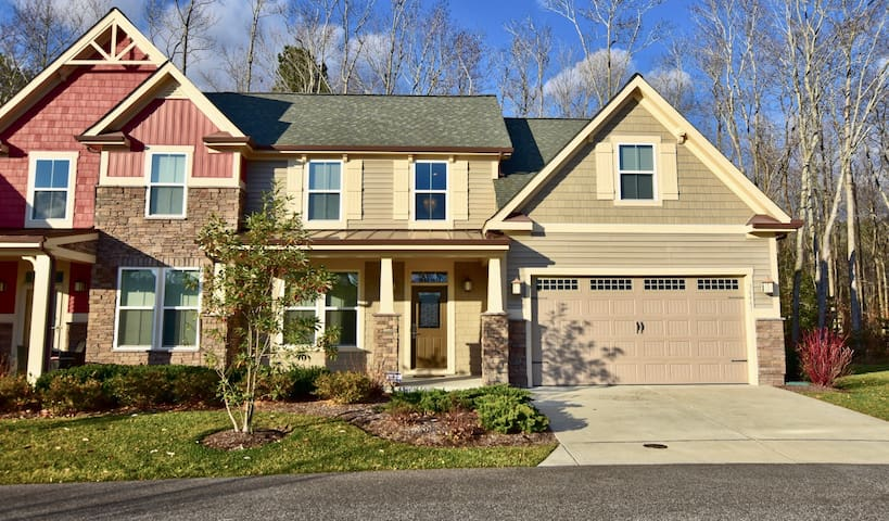 4BR Bethany Beach Luxury Resort Home w FREE AMENITY PASSES at Forest Landing