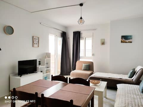 * Apartamento espacioso de un dormitorio | Seaside Saranda