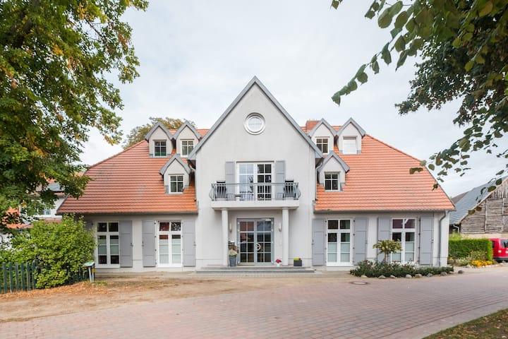 Herrenhaus Jürgenshof - Fewo 8