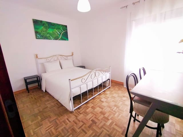Spacious room will full of natural light and ventilation.