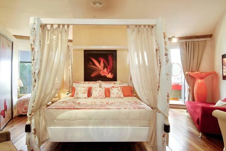 Luxury Room.Tamarindo-Breakfast-A/C-Swimming pool