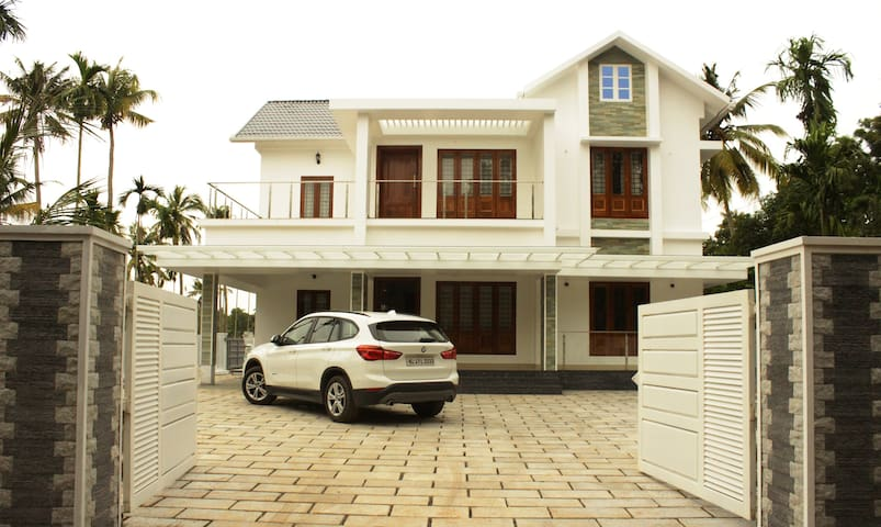 Kochi Village Home Stay - Ground Floor