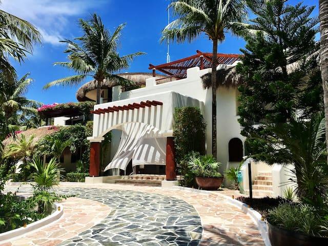 One of a kind ultra luxurious villa (Acquarius)
