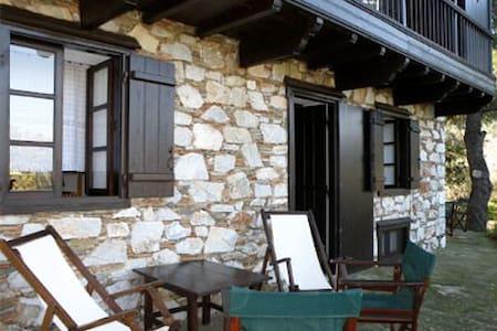 Elli Cottage, Pefkias - Skopelos - Talo