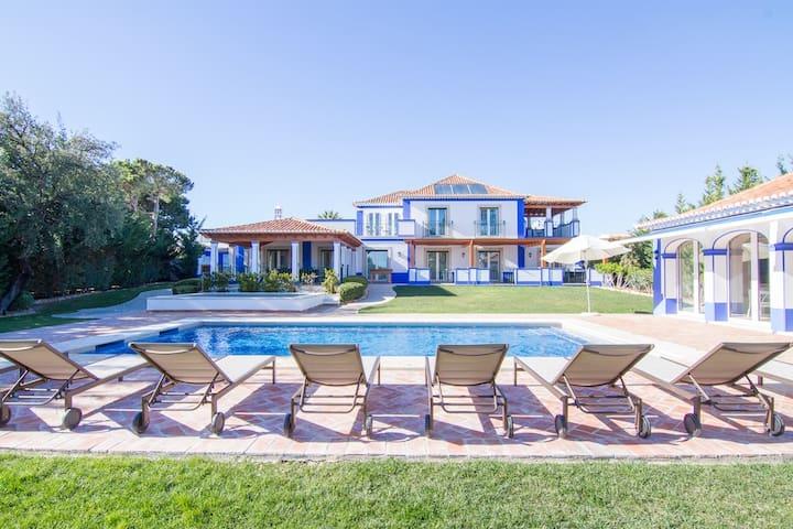 Buse Bronze Villa, Algarve - Olhos de Água
