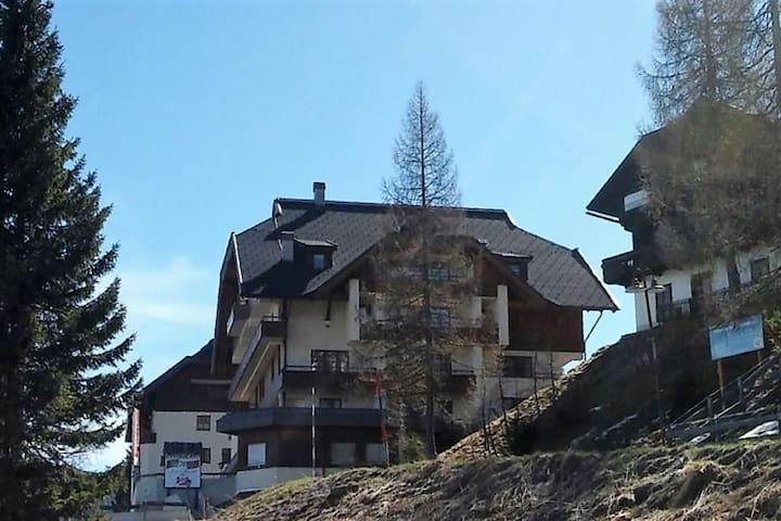 Bonito apartamento con excelente ubicación junto a la pista de esquí de Nassfeld