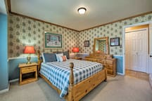 The 1st bedroom boasts a queen bed for 2.