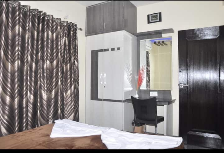 Fully furnished 1 bhk available  ..