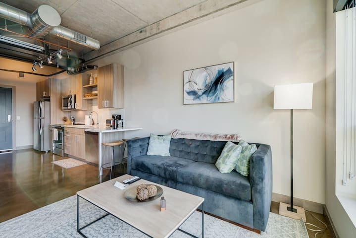 Minnestay* City Loft 83|North Loop|Target Field