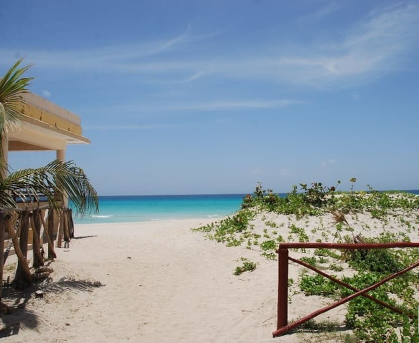 Private Beach Access From Room Cuba