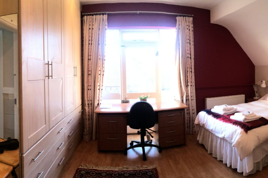 large double room kitchenette near christies houses for rent in manchester united kingdom. Black Bedroom Furniture Sets. Home Design Ideas