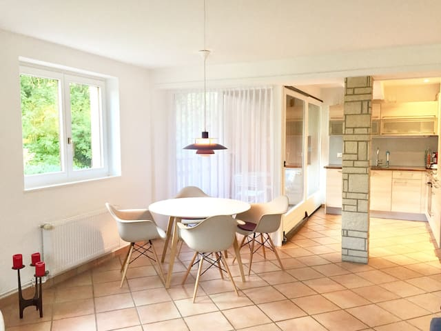 Charming farmerhouse modern apartement, near Basel - Lutter - Apartment