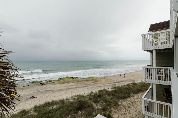 Mermaids Sunrise-Beautifull Oceanfront 2 bedroom end unit condo at Ocean Dunes