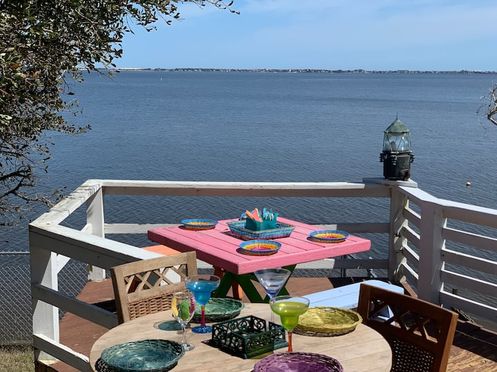 Sound-front Oasis in Manteo
