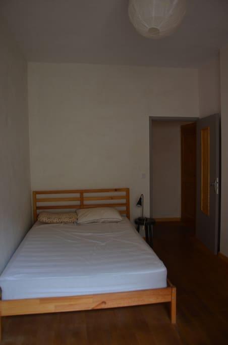 chambre 1 , lit double