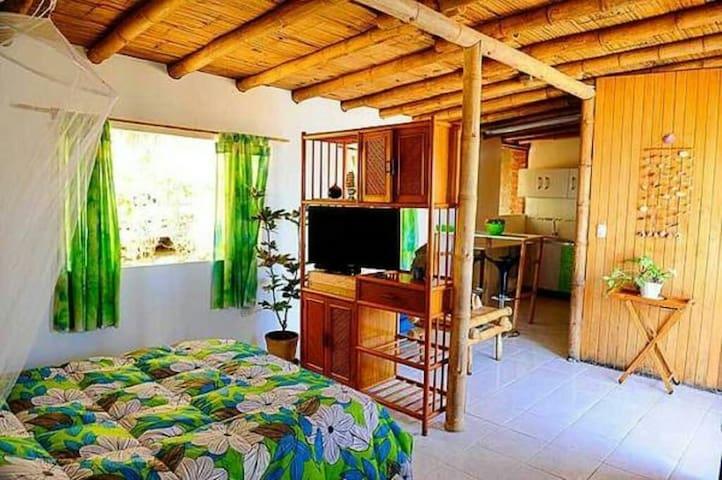Bungalow Paradise . La Casita Azul - Máncora, Piura, PE - Bungalow