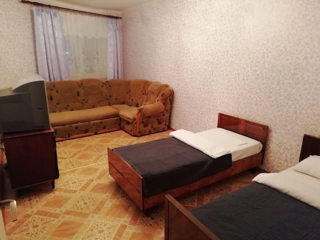 Квартира рядом с аэропортом.